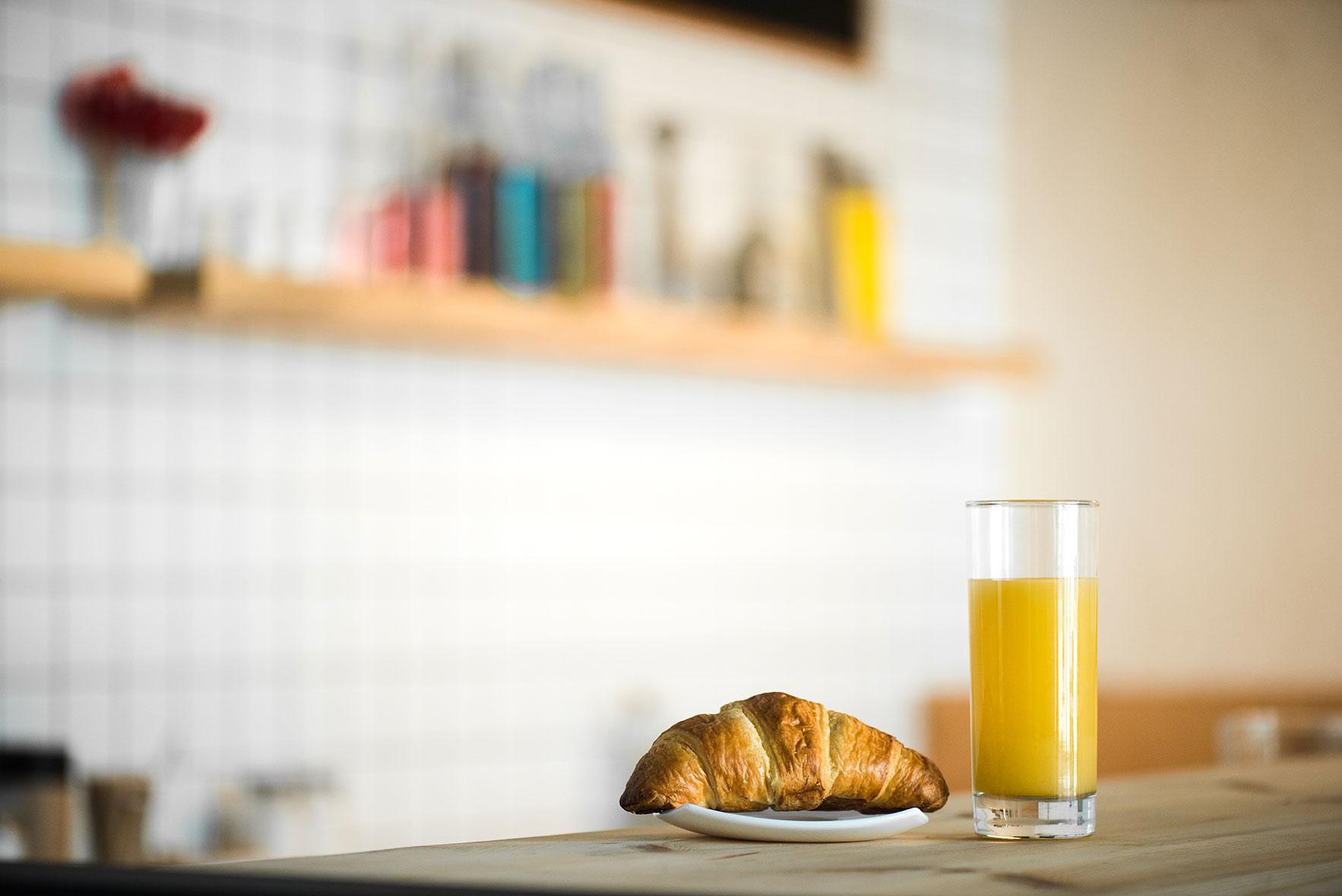 orange-juice-for-breakfast.jpg
