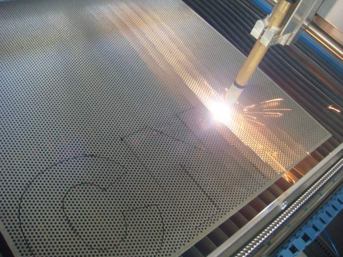 CNC plasma cutting