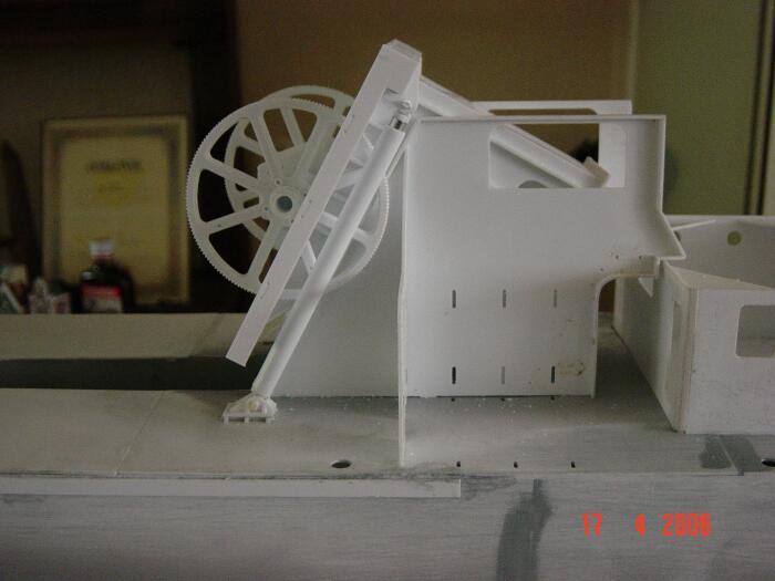 modellbau-bagger-pvc.jpg