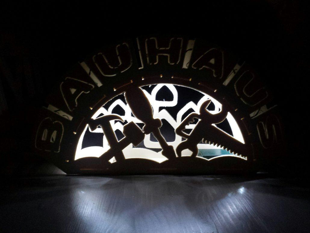 bauhaus-lichterbogen-holz-1030x773.jpg