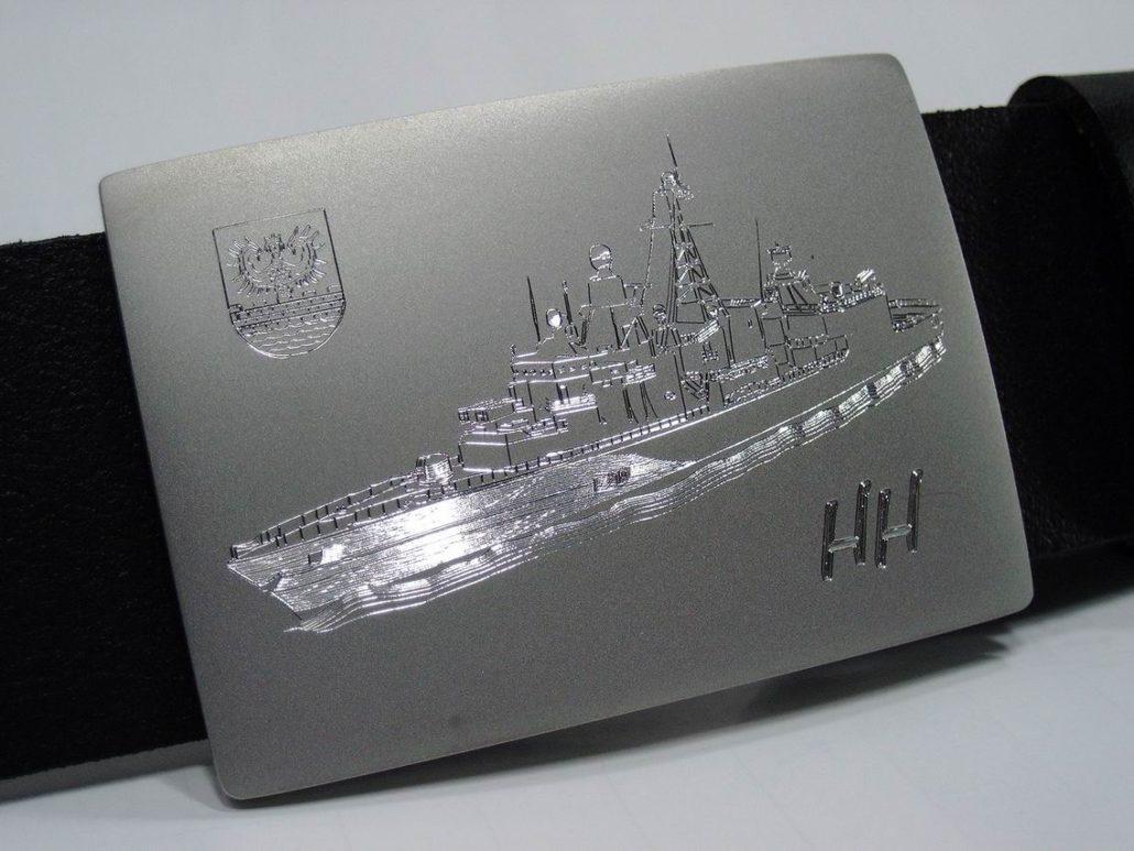 guertelschnalle-edelstahl-diamantgravur-emden-1030x773.jpg