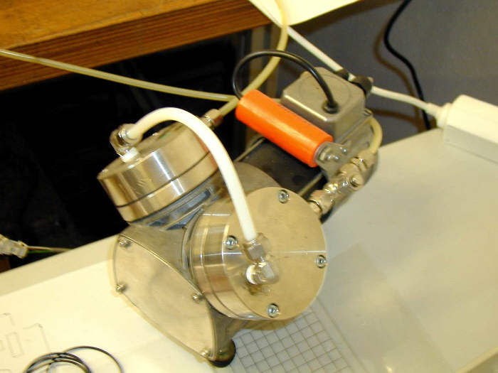 Vakuumpumpe_CNC_Frase_Frasmaschine_High_Z_S-720_Heiz-1.jpg