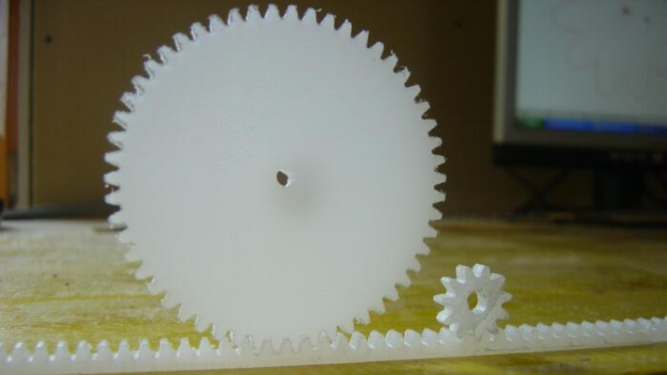 Milling gears with the bestselling High-Z CNC machine