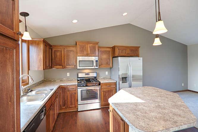 8644 Eisele Ave NE Monticello-small-009-9-Kitchen-666x444-72dpi.jpg