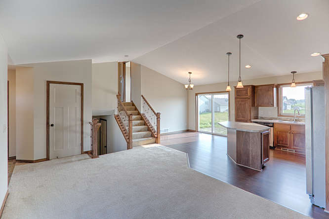 8644 Eisele Ave NE Monticello-small-011-11-Main Living Area-666x444-72dpi.jpg