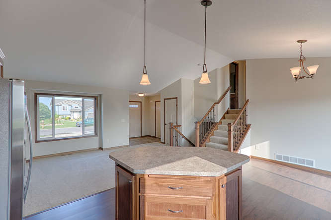 8644 Eisele Ave NE Monticello-small-014-14-Kitchen-666x444-72dpi.jpg