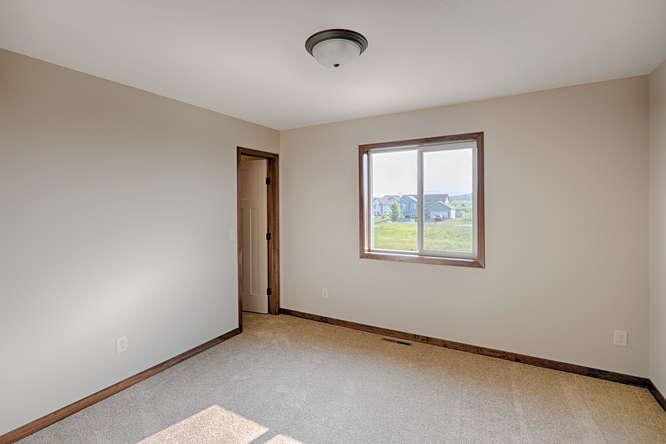 8644 Eisele Ave NE Monticello-small-016-16-Bedoom 2-666x444-72dpi.jpg