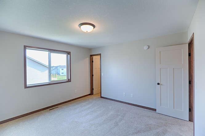 8644 Eisele Ave NE Monticello-small-020-20-Master Bedroom-666x444-72dpi.jpg