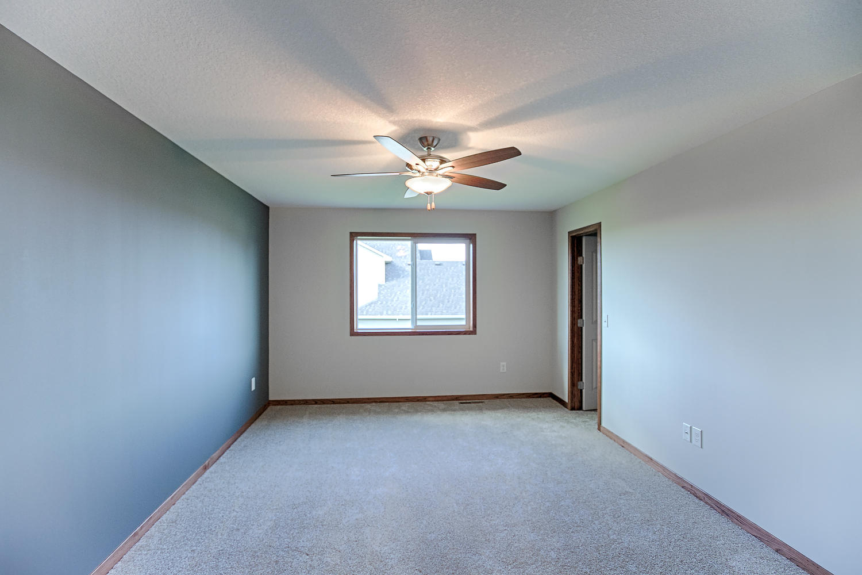 6552 145th Bay N Hugo MN 55038-large-028-Master Bedroom-1500x1000-72dpi.jpg