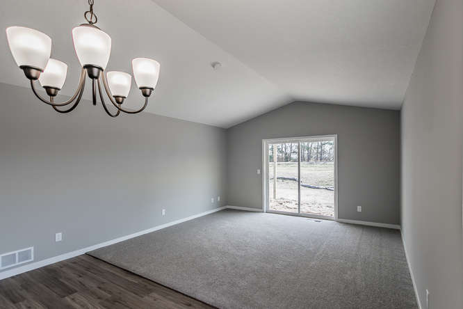 1204 Maplewood Ave SW Isanti-small-011-14-011-666x444-72dpi.jpg