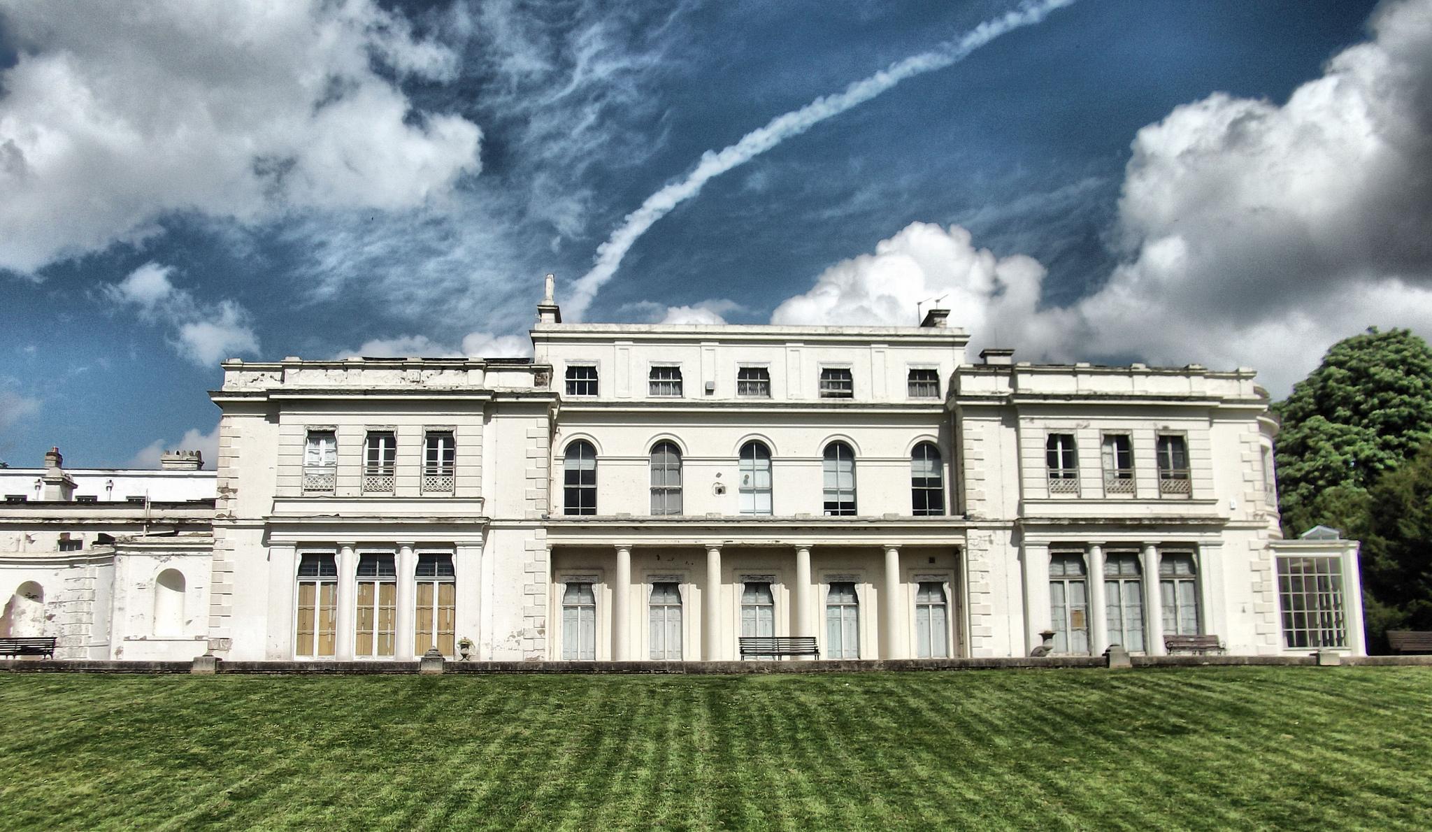 Gunnersbury-Park-Museum-London..jpg