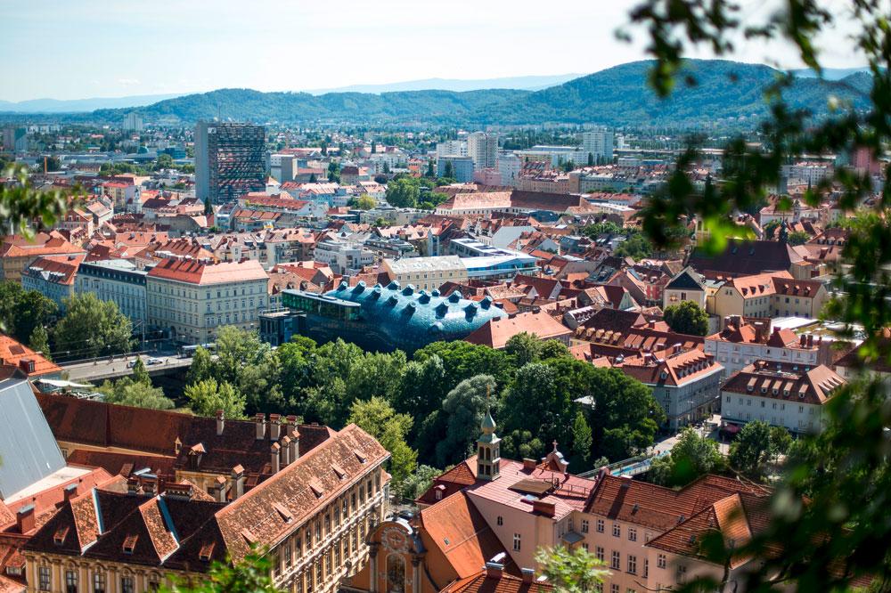 Schlossberg-(c)-Graz-Tourismus---Tom-Lamm.jpg
