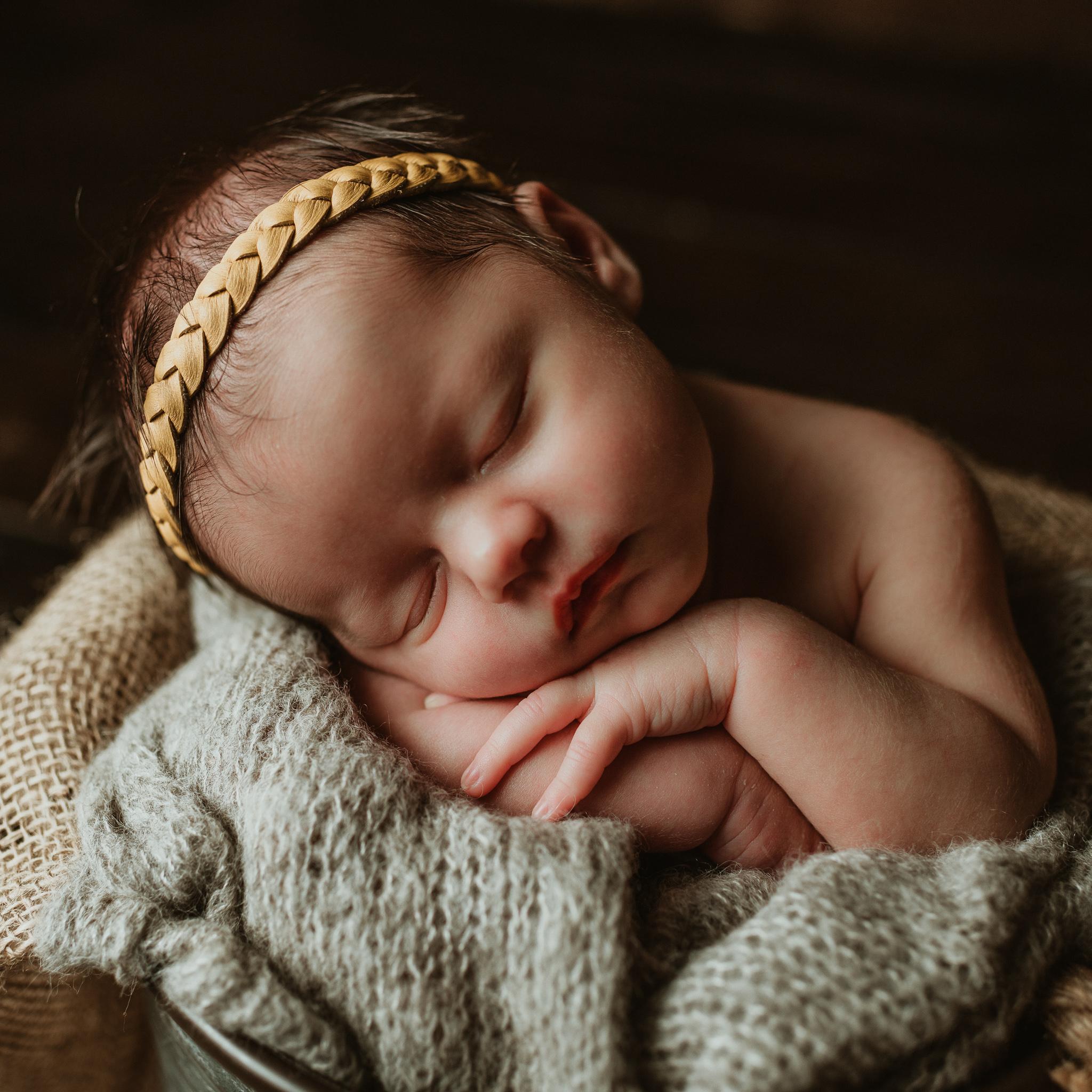 Nora Newborn-17.jpg