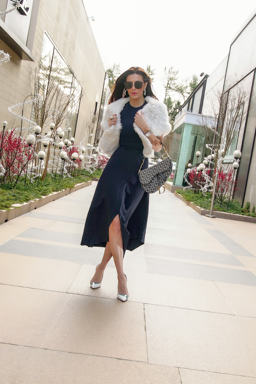 https://us.victoriabeckham.com/products/asymmetric-ruffle-dress-navy