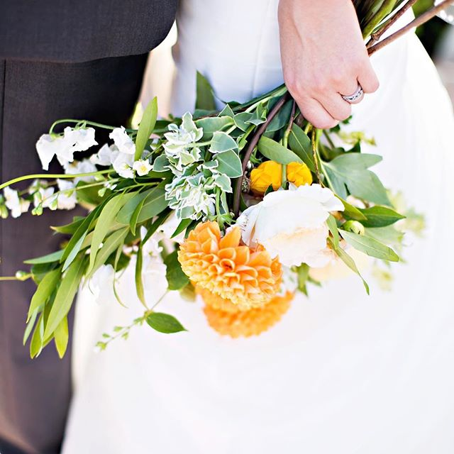 DIY wedding tip of the day:  F L O W E R S  If you live in the LA region you are in luck, the flower market is not only a super fun experience, but a reliable floral source year-round!  Check out our latest blog post for some helpful tips to get you started!
