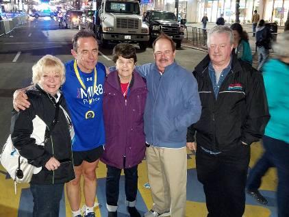 Dave_McGillivray_family_finish_2016