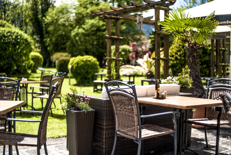 Garden & Terrace -
