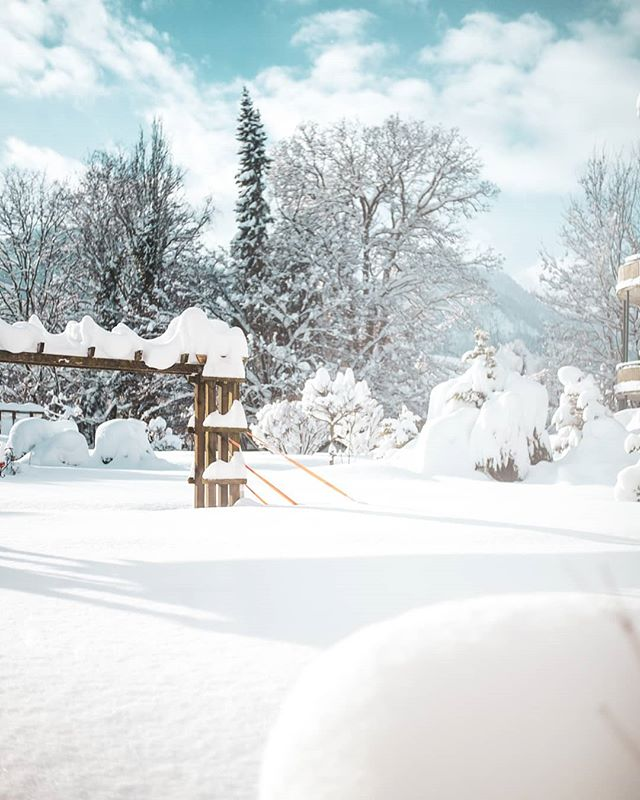 ⭐ Winterwunderland ⭐  @alpenhotel.wittelsbach #travel #bavaria #bayern #chiemgau #munich #traunstein #salzburg #ruhpolding #alps #alpen #restaurant #bar #garden #design #cosy #room #delicious #food #great #drinks #lovely #interior #alpenhotel #wittelsbach #gillitzer #barsifal #ronnefeldt #tee #tea