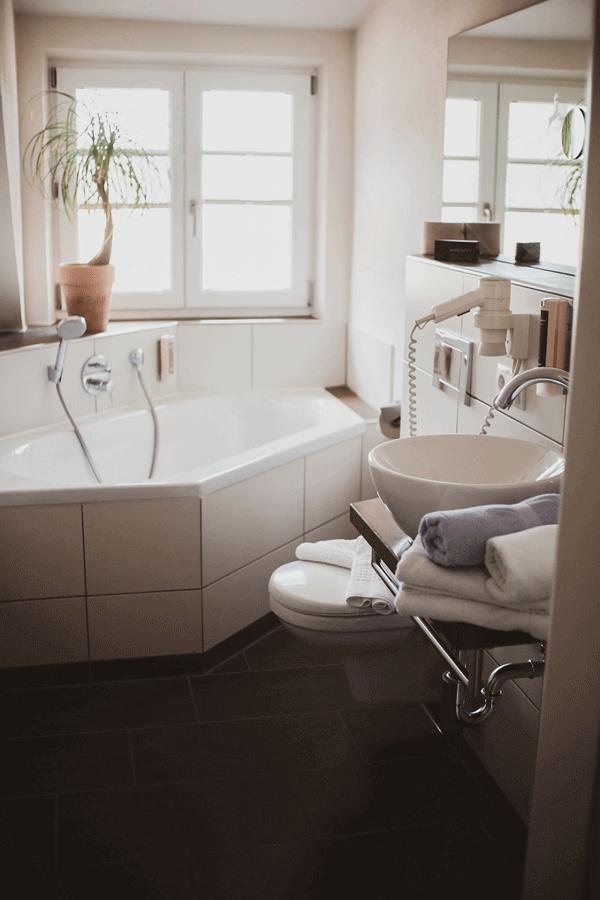 doppel-zimmer-superior-badewanne.png