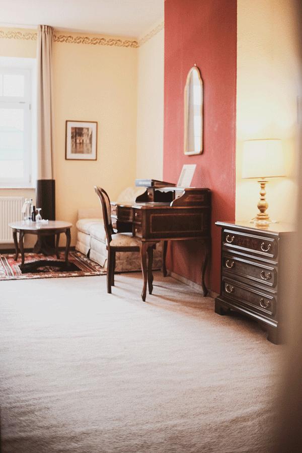 junior-suite-italienische-stilmoebel.png