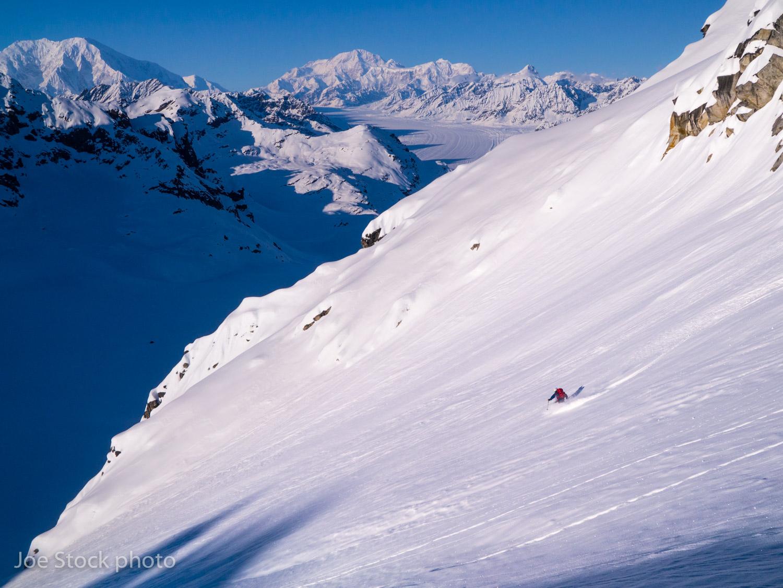ski.akrange.stock-642.jpg