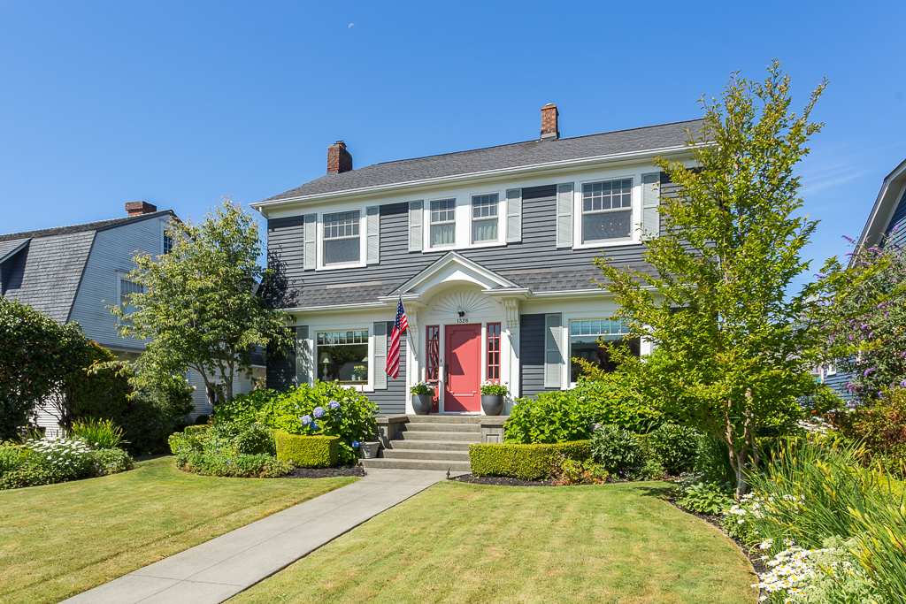 1326 Hoyt Ave Everett WA 98201-MLS-4.jpg