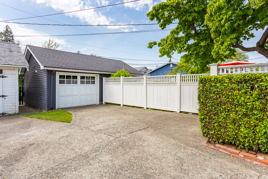 1326 Hoyt Ave Everett WA 98201-MLS-8.jpg