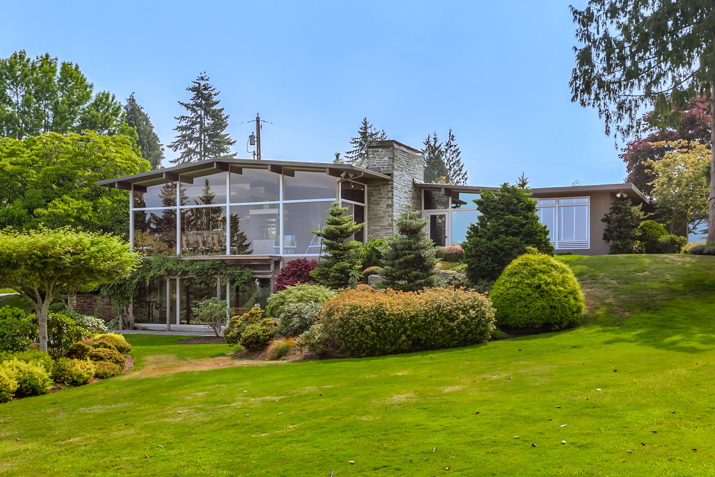 316 Heather Road - Everett, WA // $1,495,000