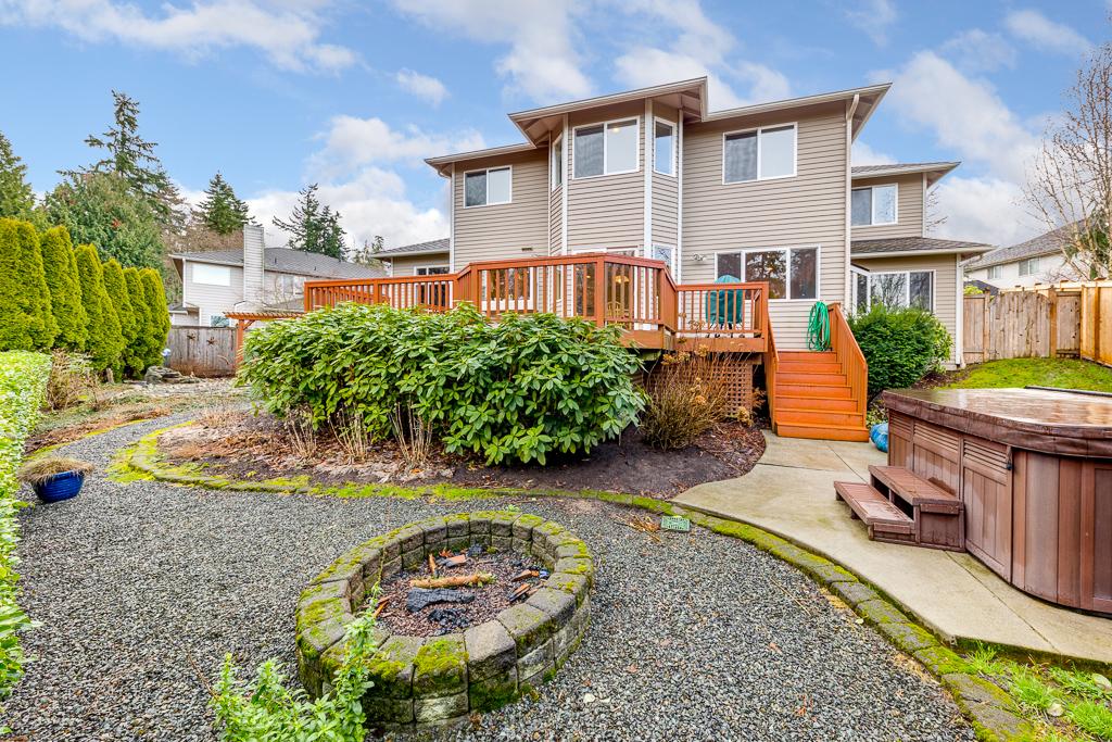 2415 58th Place SW Everett Wa 98203-MLS-4.jpg