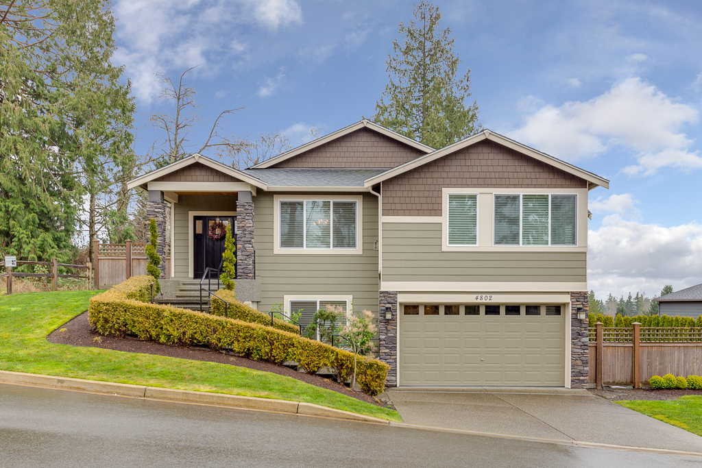 4802 HUNTTINGS LANE - MUKILTEO, WA // SOLD