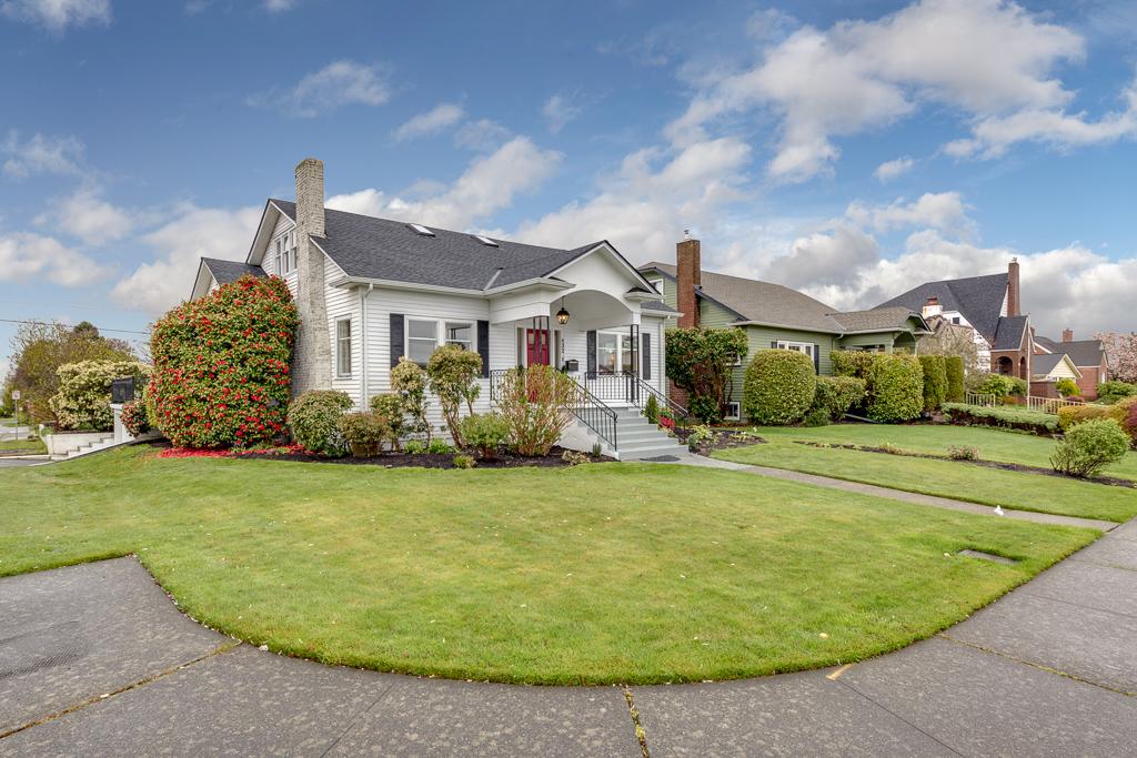 832 Hoyt Ave, Everett, WA 98201-MLS-3.JPG