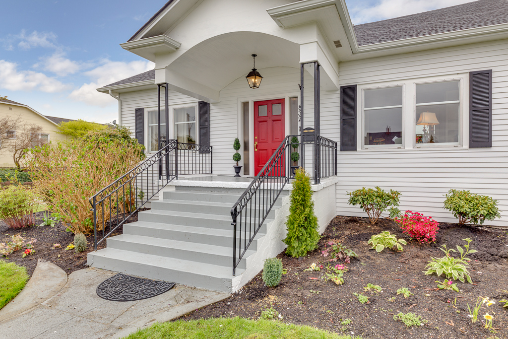 832 Hoyt Ave, Everett, WA 98201-MLS-4.JPG