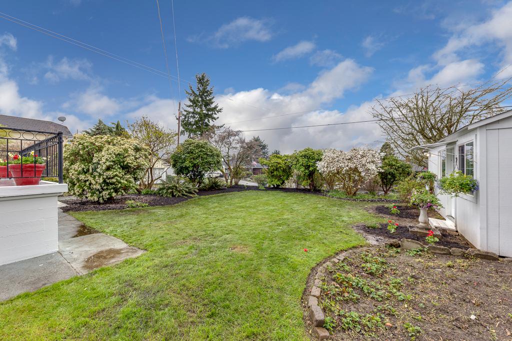 832 Hoyt Ave, Everett, WA 98201-MLS-9.JPG