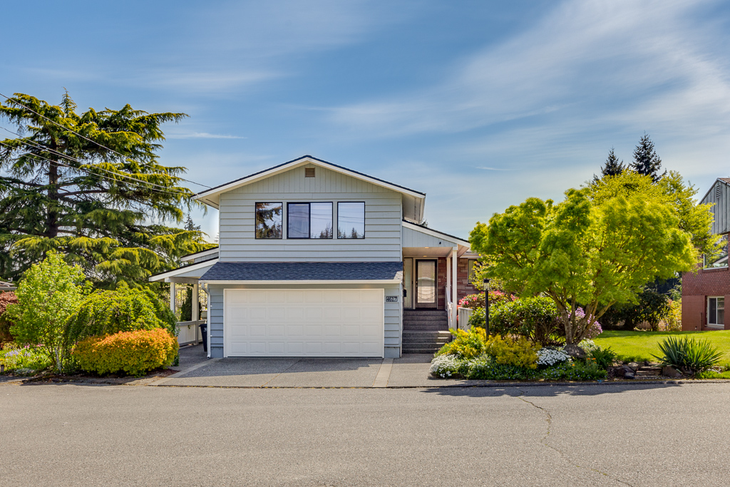 4617 Silvertip Lane Everett Wa 98203-MLS-1.jpg