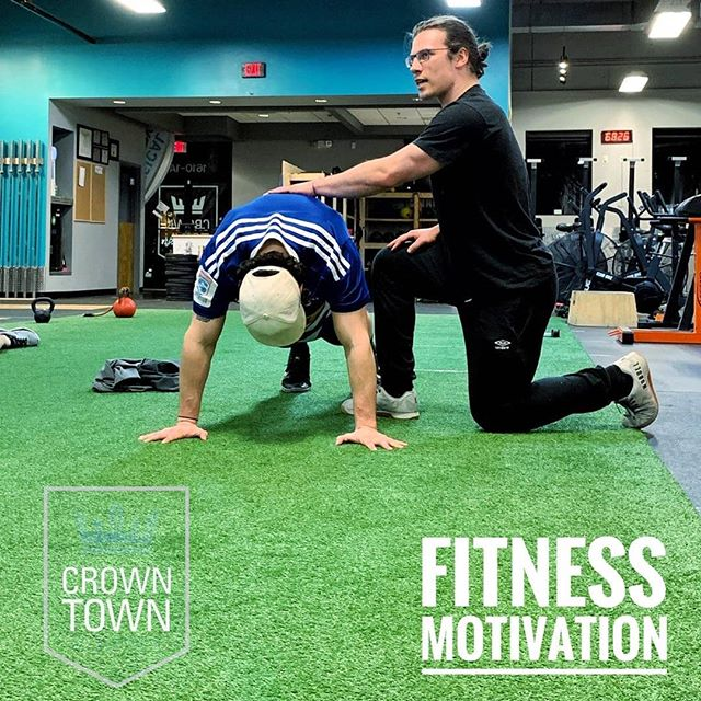 Experienced fitness professionals lead all our classes to ensure proper form for long term success. Start today with an individual assessment . . . #charlotte #charlottefitness #plazamidwood #elizabeth #uptown #clt #golf #fitness #fitspo #crossfit
