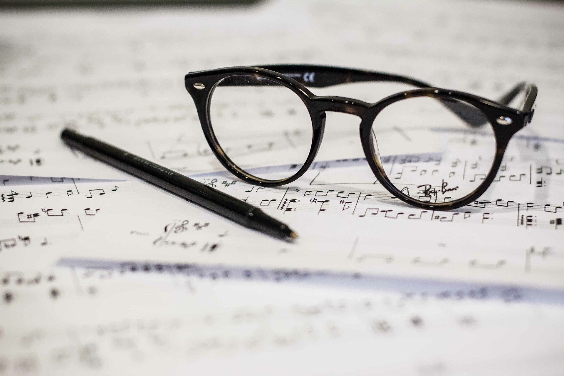 11 songwriting mistakes - by Andy Piercy