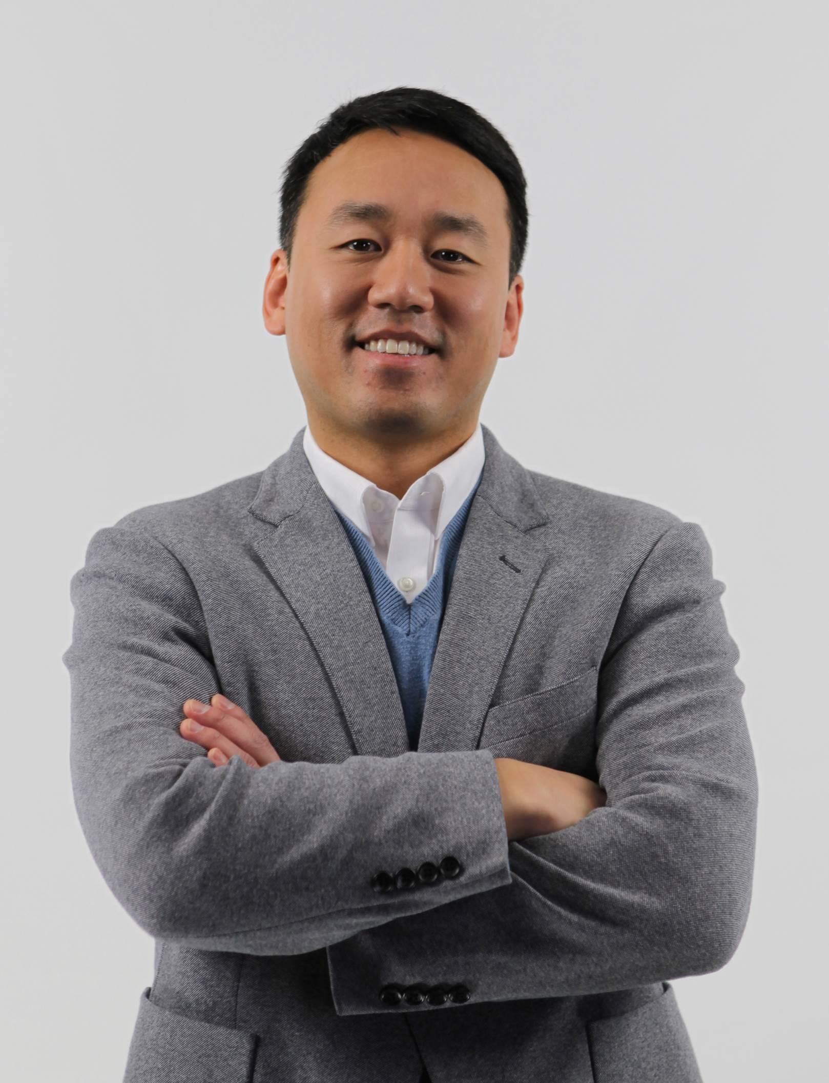 Joe Yun Social Media Lab, Technology Services University of Illinois