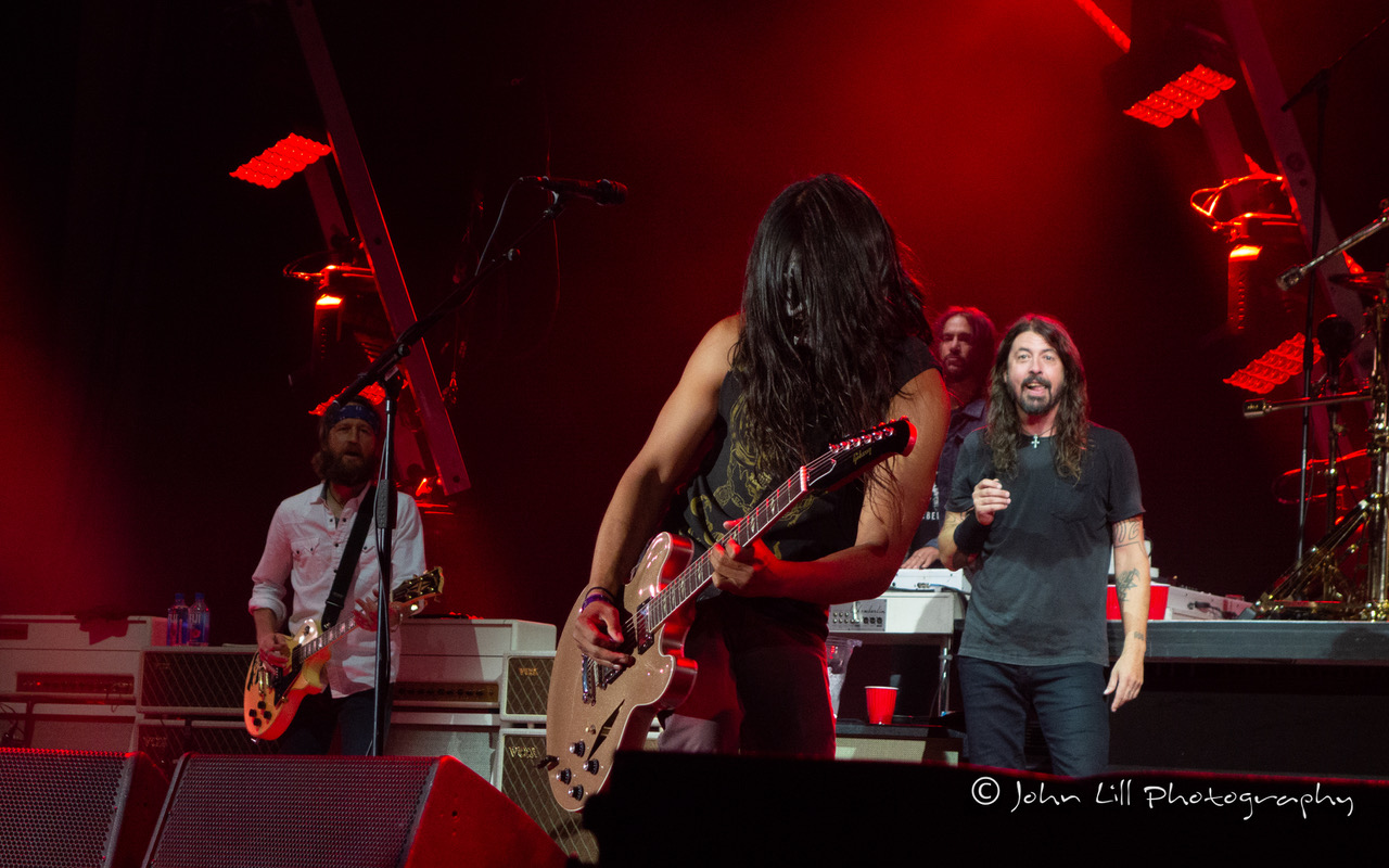 Foo_Fighters-20180418-DSC02534.jpeg