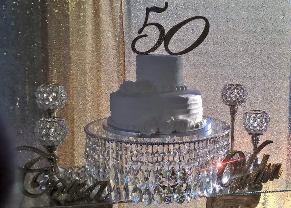 crystal50thcakestand.jpg