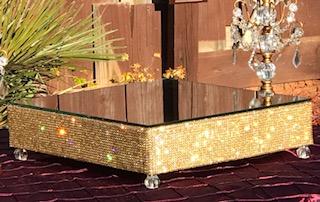 Gilda Gold Stand.jpg