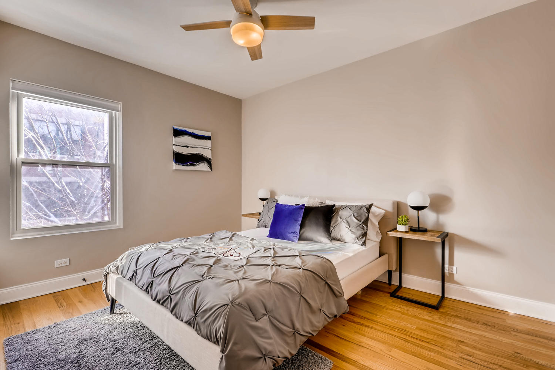 702 Reba Place 202 Evanston IL-large-009-7-Master Bedroom-1500x1000-72dpi.jpg