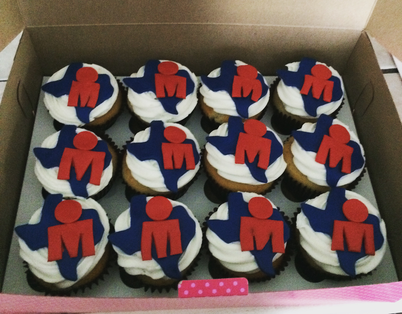 MDot cupcakes.JPG
