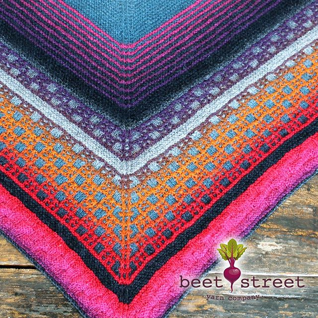 We've got the cure for Monday morning blues... We can't get over how BEAUTIFUL & STUNNING this Study Hall Shawl (designed by @imagined_landscapes) turned out using our very own Kauni Yarn! 😍😍😍 Featuring Kauni Effekgart ETZ and EGL sold at your local yarn shop. Get your supplies today and make Monday fun again 🎉 www.beetstreetyarn.com #yarn #shawl #studyhall #knitting #color #beautiful #stunning #fun #mondaymotivation #knittersofinstagram
