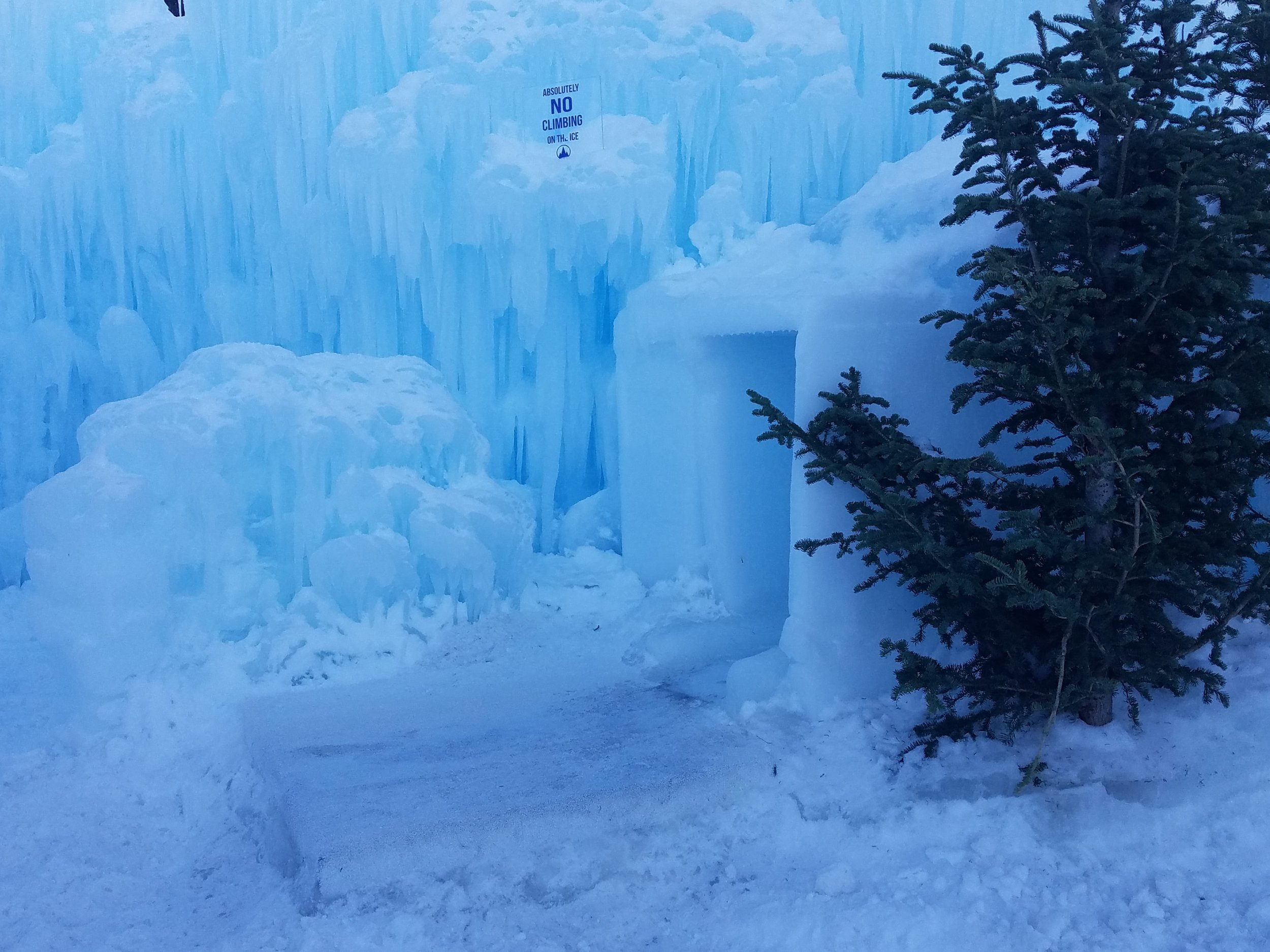ice castle slides midway utah