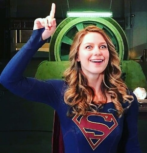 the supergirl  melissa benoist idea eyes