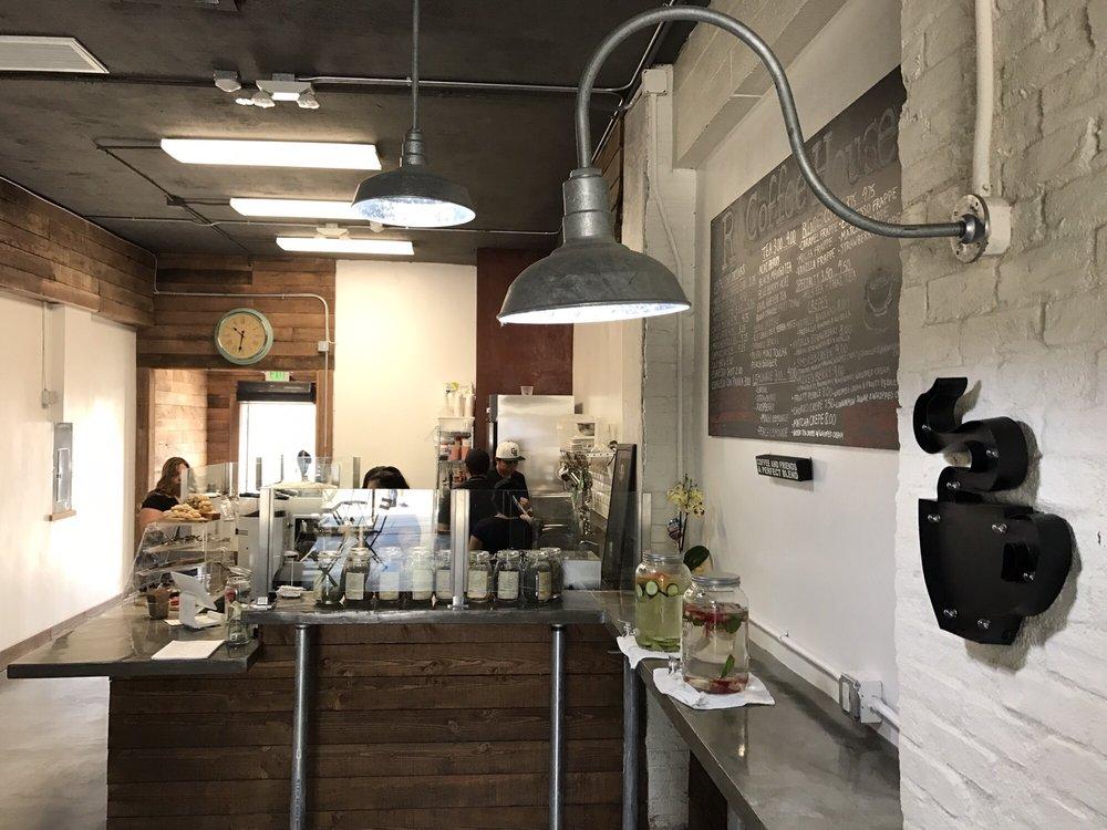 R Coffee House