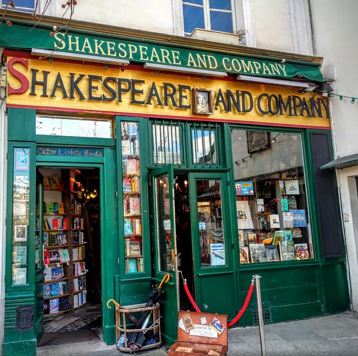 shakespeare-and-company-1701307_960_720.jpg