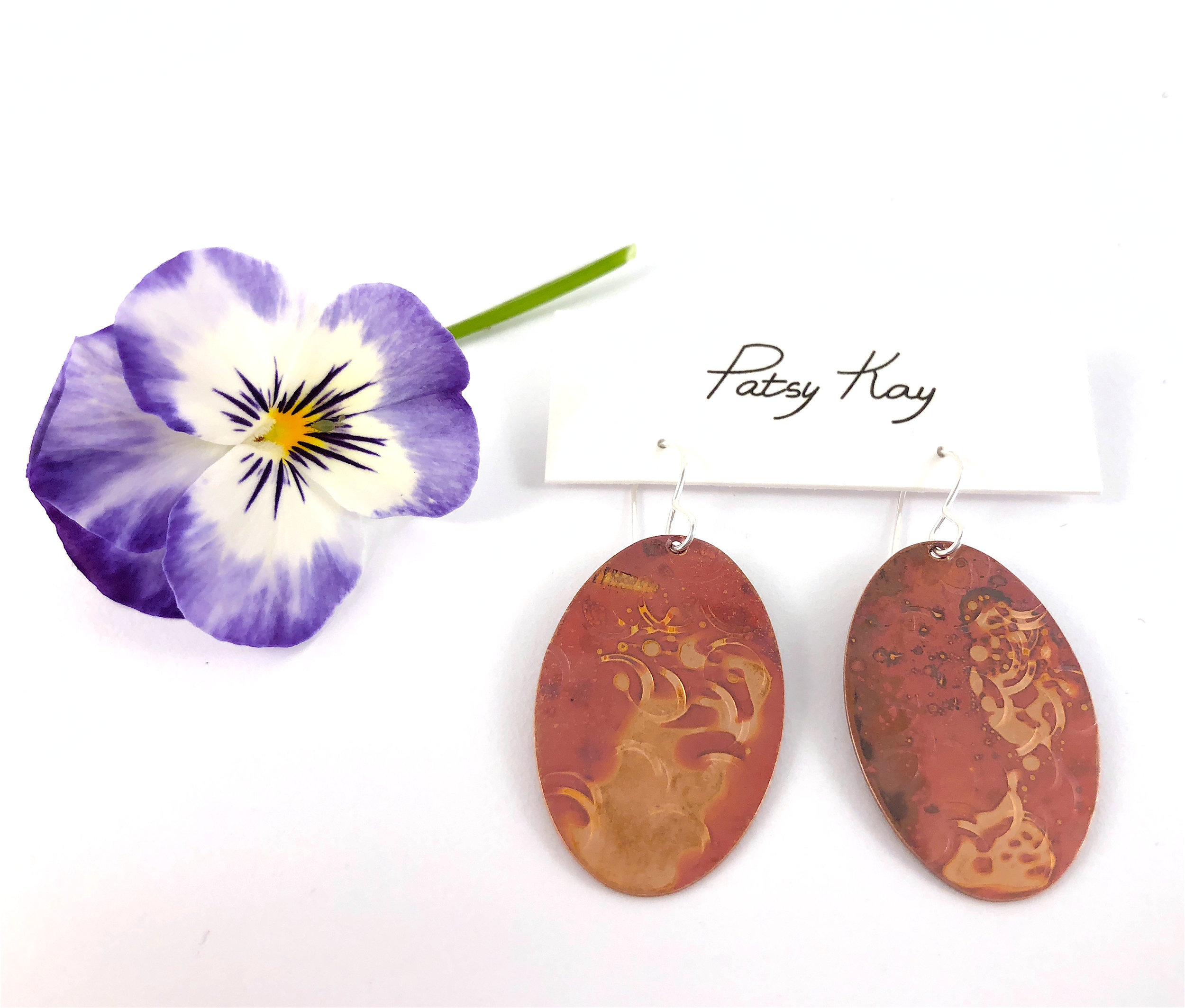 ovals with pansy.JPG
