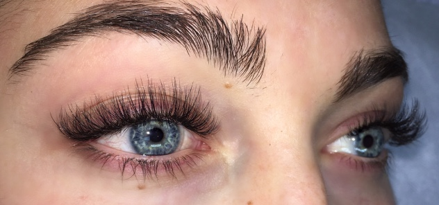 43305282290 2-7 extensions on 1 natural eyelash. For those looking for maximum  fullness, very suitable for those with gaps, fragile/sparse lashes or lash  obsessed ...
