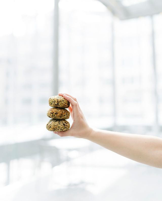 Start the day strong and healthy with the Breakfast Cookie. All vegan, gluten free, and dairy free, mess free, hassle free. What more could you want first thing in the AM? 🍪 . . . . . . . 📷: @extraforavocado @mjay.photography  #breakfastcookie #cookie #glutenfree #vegan #yyjvegan #bcvegan #breakfast #jusubar #jusubarbc #yyj #vancouver #victoria #organic #bc #victoriabc #victoriabcfood #victoriabclife #healthyliving #healthyeating #naturalfood #healthfood #vegan #eatclean #plantbased #morning #healthybreakfast #dairyfree